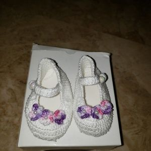 Other - Knit baby girl shoes